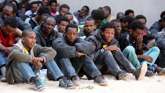 Afbeeldingsresultaat voor bootvluchtelingen