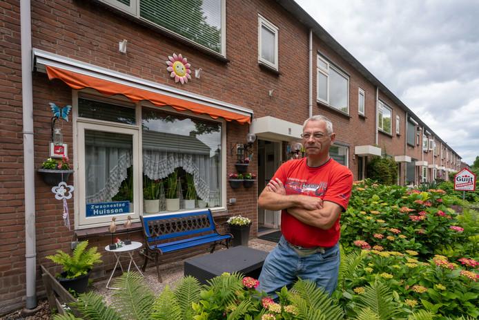 Huissen 1306- Huis van Gerard Daniel was 4 jaar geleden uitbunding oranje versierd /191085