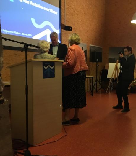 Erepenning voor oud-deltacommissaris Wim Kuijken