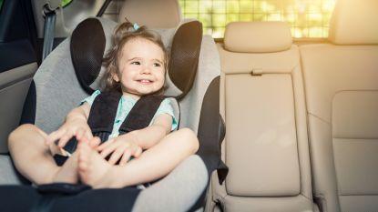Alarmerend: amper een op de vier kinderen correct vastgeklikt in auto (en zo doe je het wel goed)