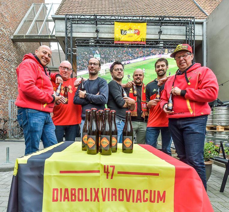 In feestzaal Kapittel wordt het Wervikse supportersbier Diabolix Viroviacum geserveerd tijdens het WK.