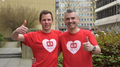 Ring TV-presentator Kris Vander Gracht en SOS Kinderdorpen-woordvoerder Michael De Leener lopen 20 kilometer van Brussel voor Simbahuis