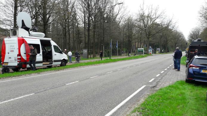 De weg richting Koningshof is afgesloten.