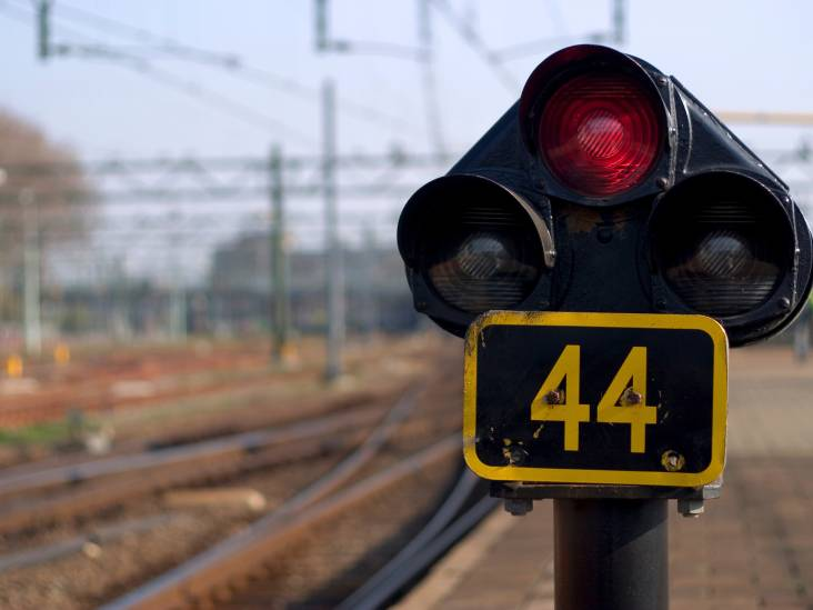 Geen treinverkeer tussen Breda en Tilburg na aanrijding op spoor