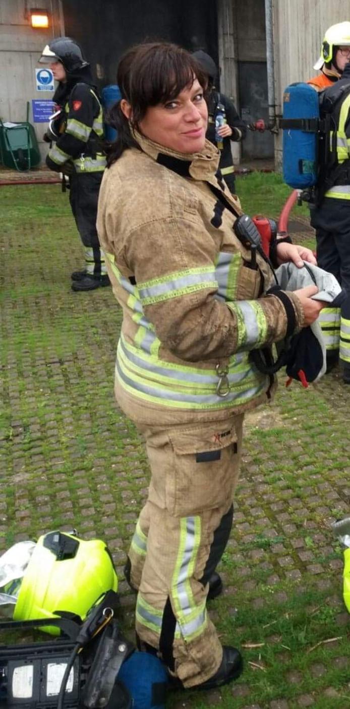 Brandweervrouw Amanda van Kuijk (48) uit Rotterdam.