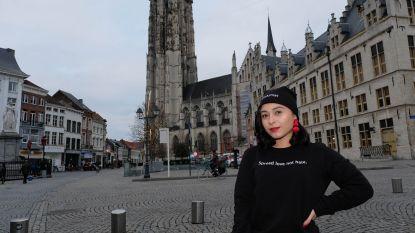 """Mariam Harutyunyan promoot vrouwelijk ondernemerschap met kleding: """"The future is female"""""""