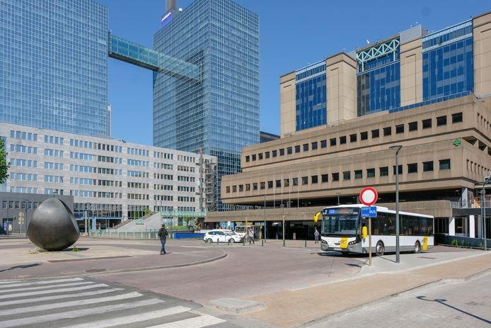 Het Noordplein aan station Brussel Noord.