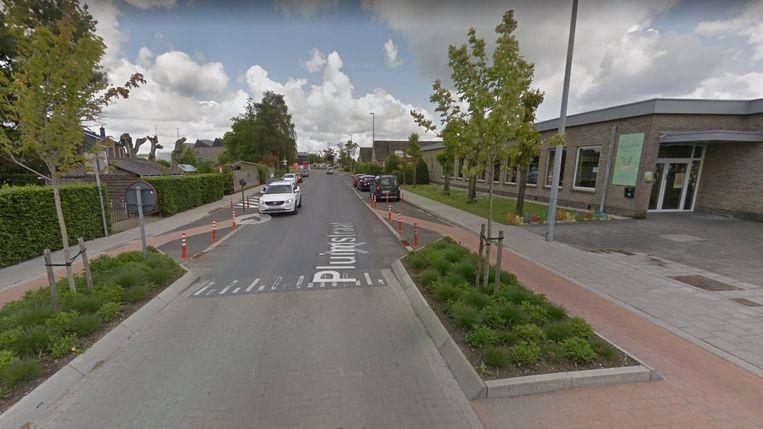 De fietssuggestriestroken komen in de Pluimstraat tussen de Woumenweg en de Eikhofstraat.