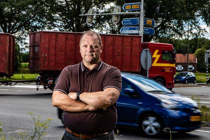 Paul Maas, voorzitter van Kring Raalter Werkgevers, voorziet op lange termijn problemen voor de Raalter economie als de N35 niet snel aangepakt wordt.