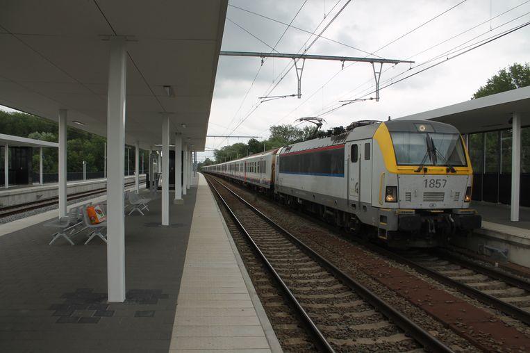 Het station van Liedekerke is zo goed als afgewerkt.