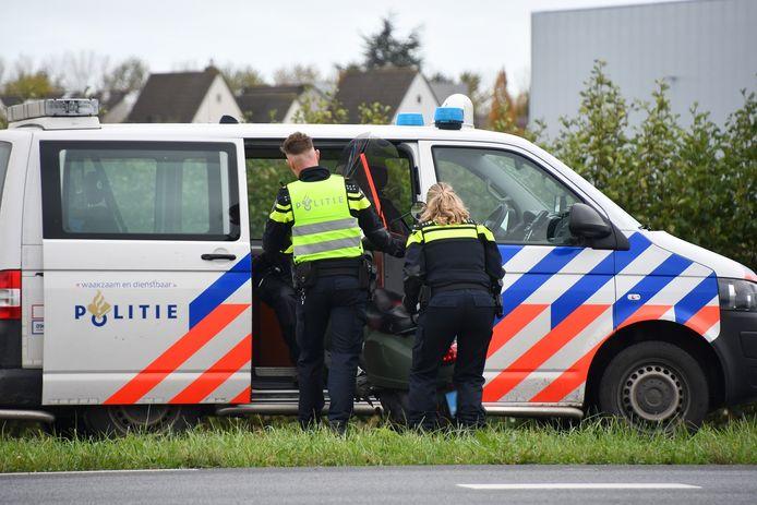 Een snorfietser is gewond geraakt bij een ongeluk in Goes.
