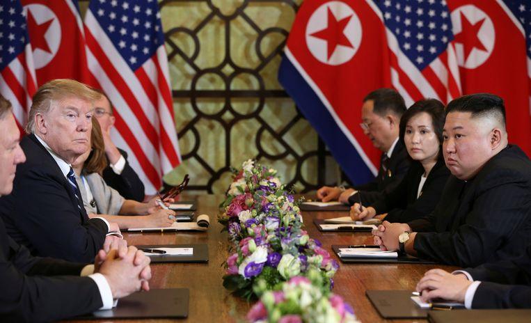 President Donald Trump en Noord-Koreaanse leider Kim Jong-un op de top in Hanoi.