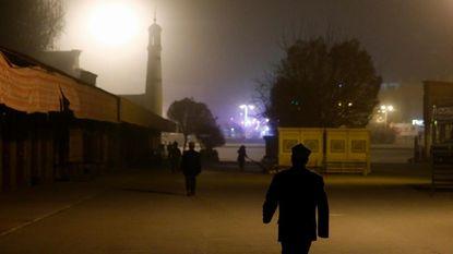 """""""China dwingt moslims hun korans en gebedskleden in te leveren"""""""