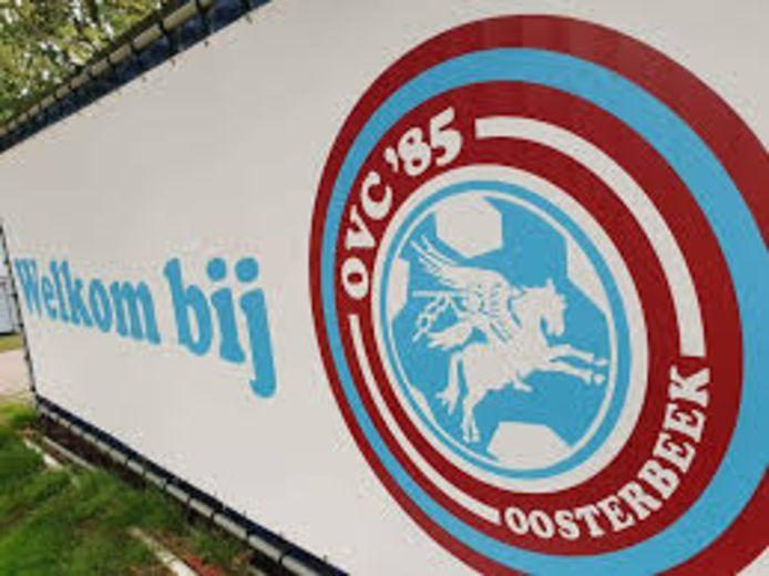 Het clublogo van OVC'85 uit Oosterbeek.