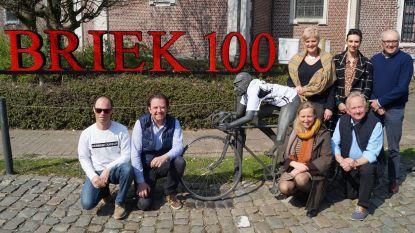 Kanegem zet Briek Schotte in de kijker: Flandrien krijgt hulde aan standbeeld tijdens doortocht van Dwars Door Vlaanderen