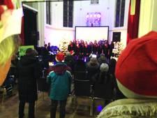 Natte, maar sfeervolle kersttocht in Berkel-Enschot