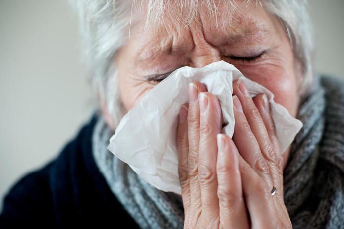 De sterftecijfers eind februari schoten tot ongekende hoogte door de kou en aanhoudende griepepidemie