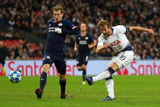 Het moment van de gelijkmaker van Harry Kane tegen PSV.