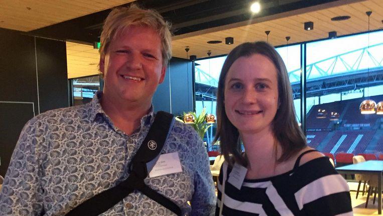 Robert van Beek naast Linda Stomphorst. Beeld