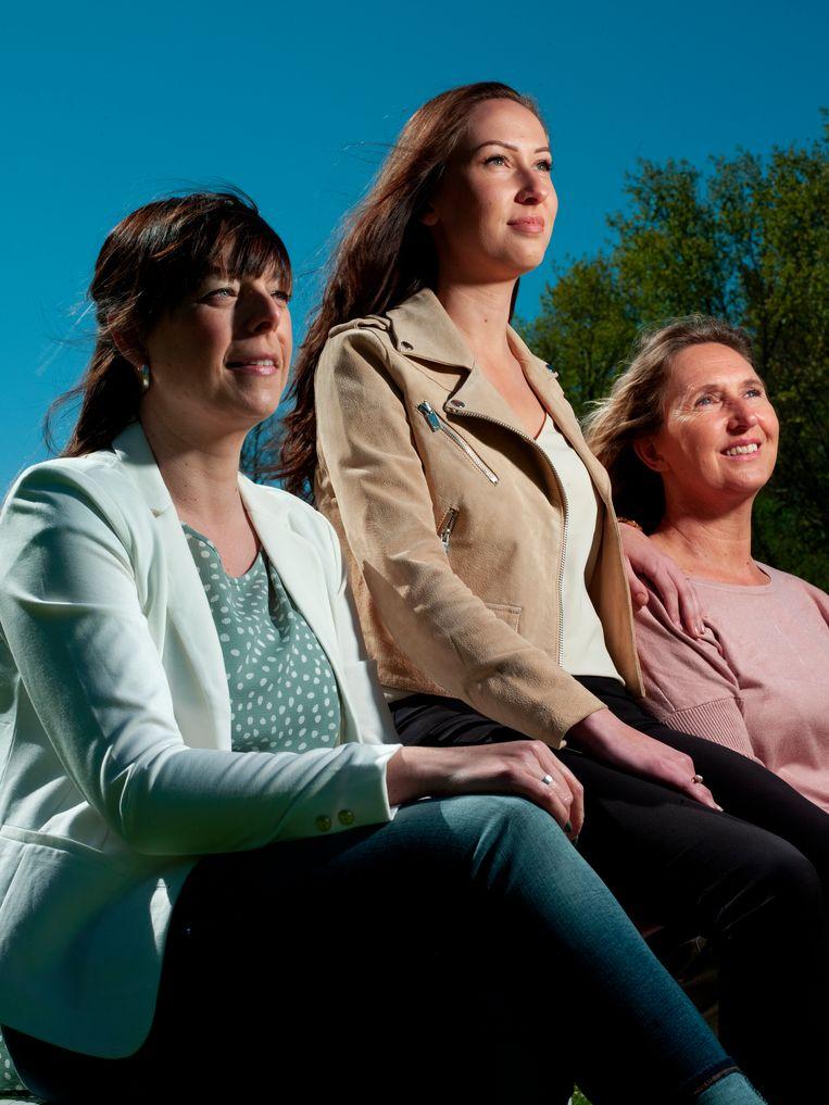 Van links naar rechts: Petra, Isolde en Iris Beeld Eva Roefs