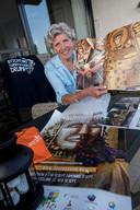 Wilma Lieftink moet het dit jaar doen met alle spulletjes die ze heeft verzameld over het Fruitcorso.
