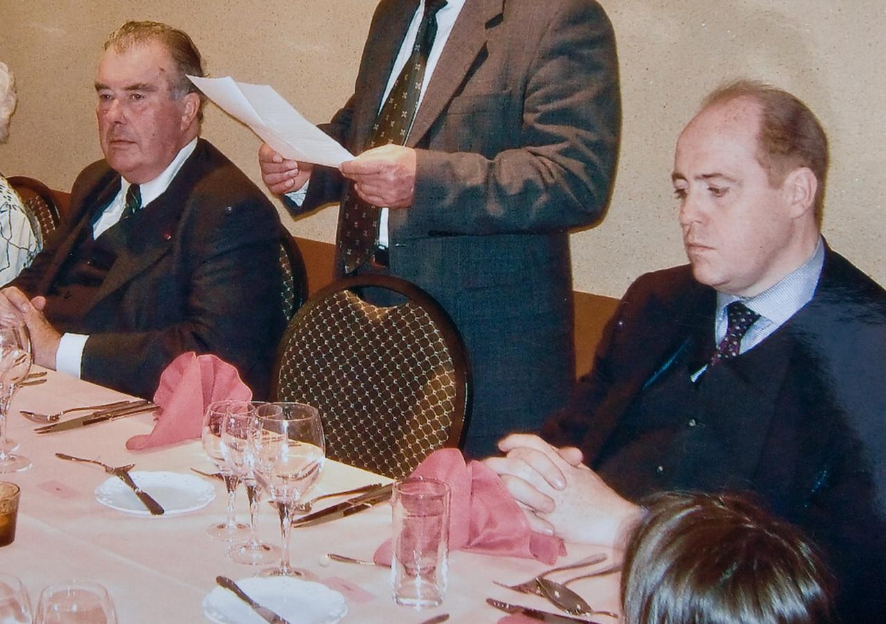 In 2005 belandde meester-oplichter Hans Velle (rechts) een eerste keer in de cel. Graaf en advocaat Henri d'Udekem d'Acoz (links) kreeg hem toen vrij.