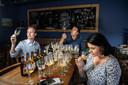 De jury: Jasper Westbeek (32, biervlogger bij Totbier.nl en biersommelier bij Mitra Drankspeciaalzaken), Jack Abendanon (53, bierverkoper, -liefhebber en -sommelier van Bier Authentiek), Tina Rogers (43, blogger van 010Beerblog.com en derde panellid met StiBON-sommelier-diploma).