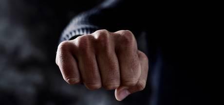 Velen vinden harde aanpak vechtersbazen een zegen