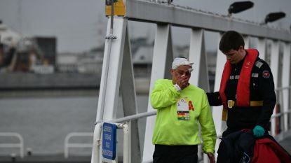 Rubberbootjes botsen frontaal: 20 Nederlanders belanden in de Schelde