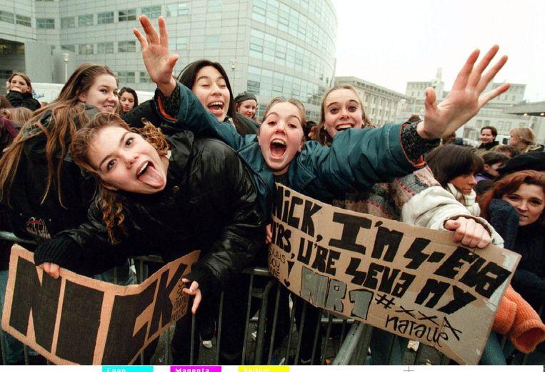 Wachten op het optreden van de Backstreet Boys in Den Haag. Beeld Foto Ed Oudenaarden/ANP