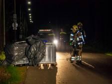 Politie stuit in Gelderse plaatsen op vaten met drugsafval