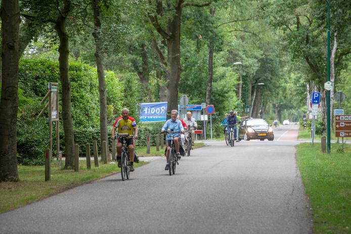 De start van de Fietsvierdaagse in Sint-Oedenrode.