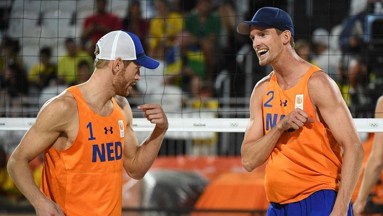 Alexander Brouwer (L)en Robert Meeuwsen vieren hun punt Beeld anp