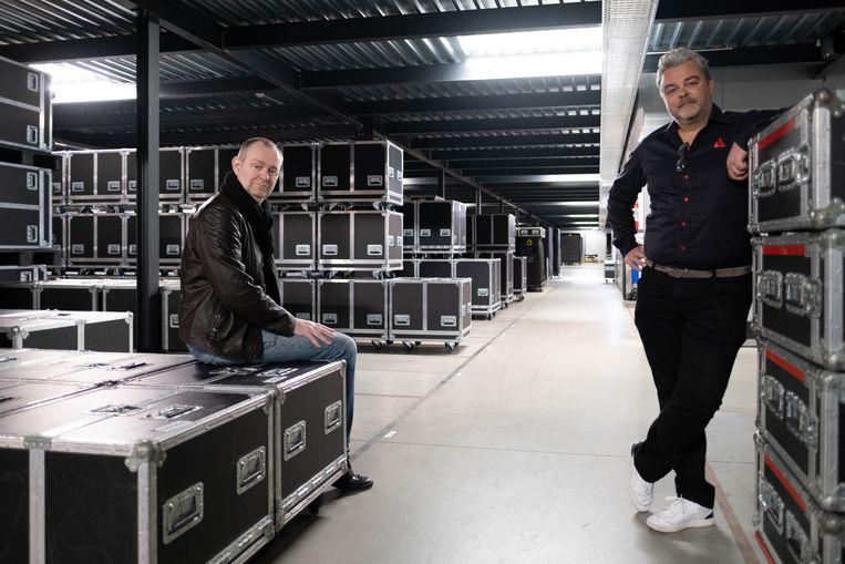 CEO Glenn Roggeman en PR-verantwoordelijke Filip Van Vlem van AED.