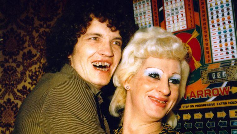 Een van de polaroids van Marc Miller en Bettie Ringma: Herman en Stien bij Cocacabana Beeld Marc Miller & Bettie Ringma