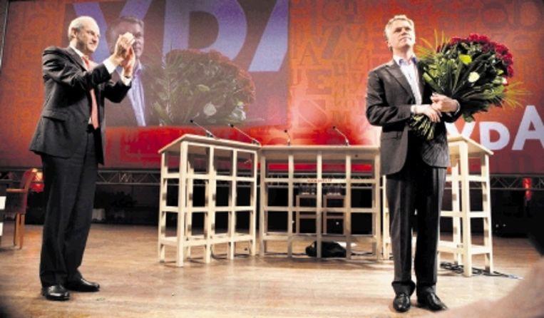 Job Cohen (l) en Wouter Bos: beiden de verkeerde leider op het verkeerde moment? (FOTO MAARTEN HARTMAN) Beeld Maarten Hartman