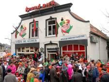 Vroegere bezoekers café De Kloek houden reünie in De Bussel