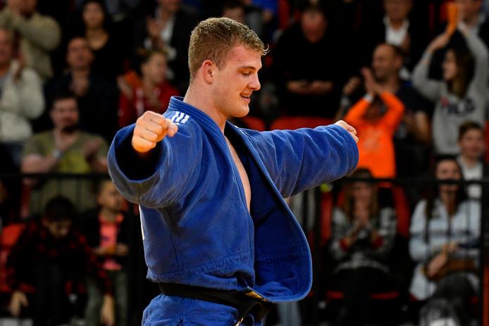 Jelle Snippe verslaat Ivan Remarenco en wint brons