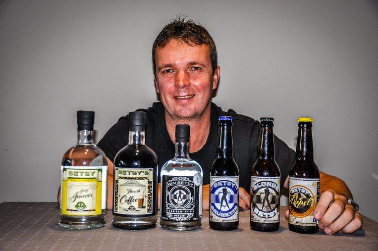 Jurgen Tavernier uit Bredene brengt vijf nieuwe producten op de markt na zijn Blonde Betsy, Betsy Brunette en Gin Betsy