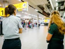FNV eist groeistop Schiphol totdat voorwaarden werknemers verbeteren