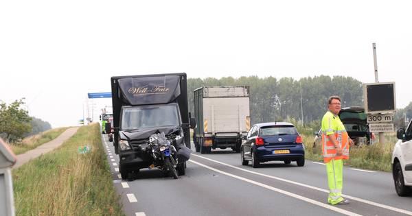 Motorrijder gewond bij botsing op N301 bij Nijkerk.