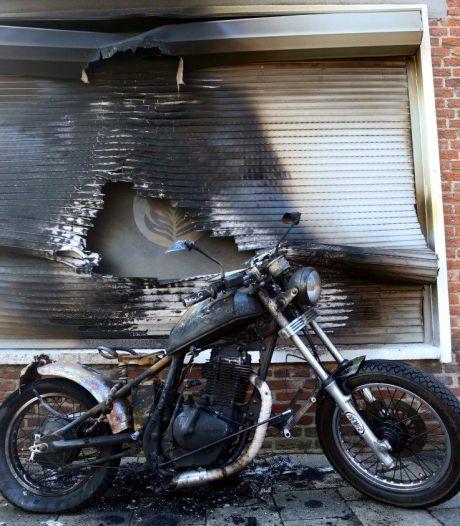 Motor in brand gestoken bij woning  in Den Bosch: 'Als de vlammen naar binnen slaan, is het poging tot doodslag'