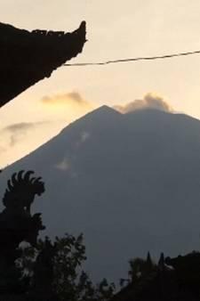 Vulkaan op uitbarsten: bewoners Bali bidden voor goede afloop