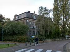 Vergunning Fraterhuis omdat Deurne te laat was