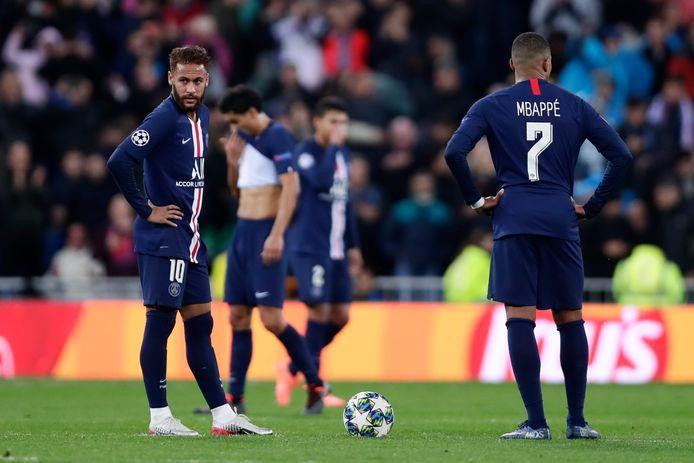 La crise économique causée par l'épidémie de Covid-19 va entraîner une baisse de la valeur des joueurs qui pourrait dépasser les 20% pour les stars du PSG Kylian Mbappé et Neymar.