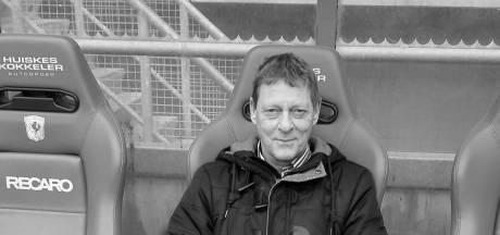Peter uit Hengelo laat bloemstuk met boodschap bezorgen na zijn crematie
