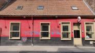 Vandalen bekladden café waar Van Langenhove en Van Grieken speechten