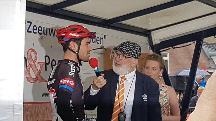 Tom Dumoulin voor de start van de Acht van Chaam.