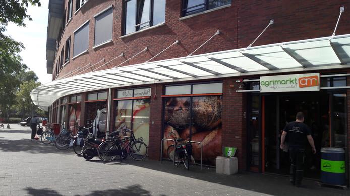 De Vlissingse Agrimarkt aan Papegaaienburg.