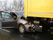 Eén persoon gewond bij kettingbotsing in Vinkeveen